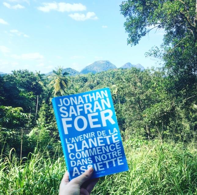 L'avenir de la planète commence dans notre assiette, Jonathan Safran Foer, Editions de l'Olivier, The Unamed Bookshelf