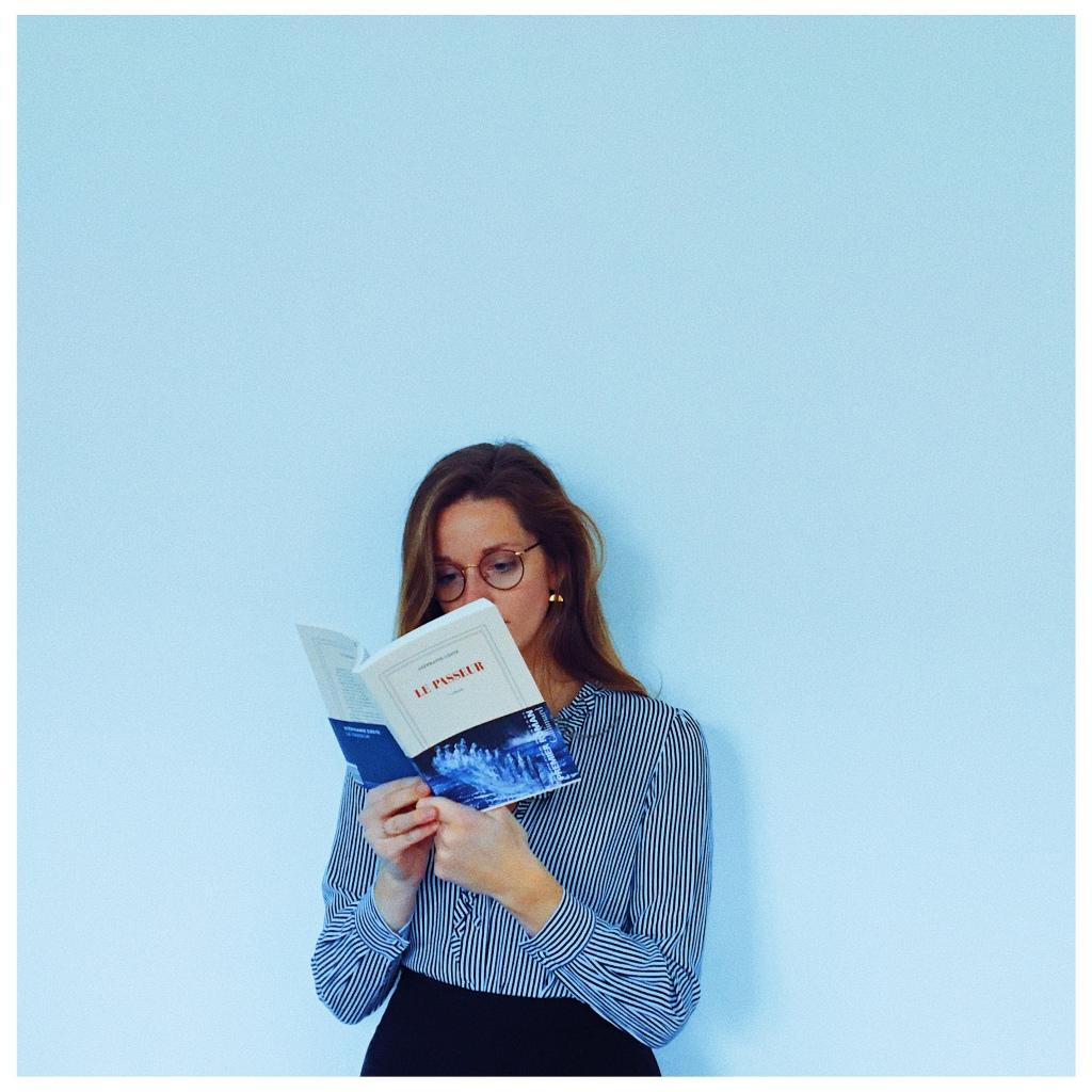Le Passeur Stéphanie Coste Éditions Gallimard Rentrée  littéraire Janvier 2021 Premier roman Thé Unamed Bookshef