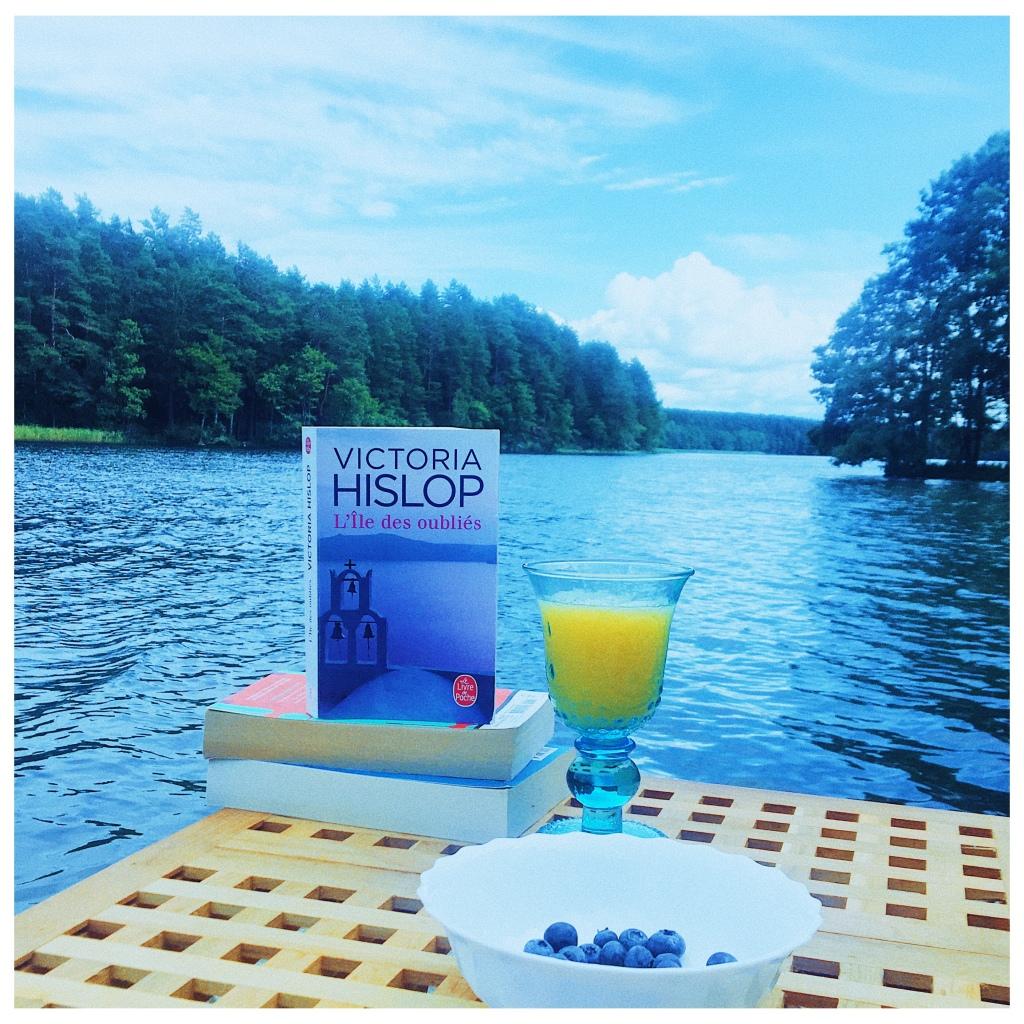 L'île des oubliés, Victoria Hislop, Le Livre de Poche, The Unamed Bookshelf
