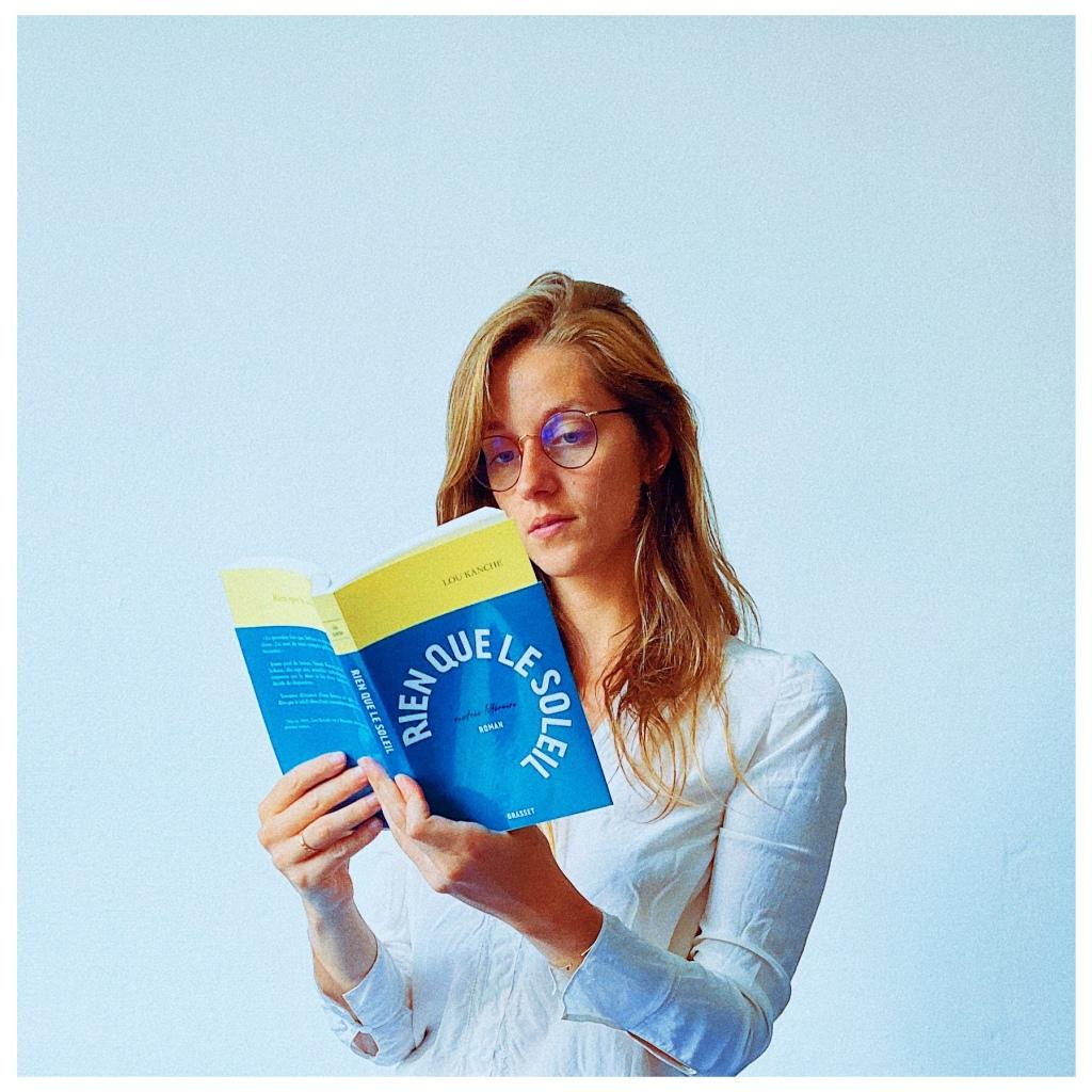 Rien que le soleil, Lou Kanche, Editions Grasset, Rentrée littéraire 2021, The Unamed Bookshelf